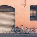 lovely pastel urban walls and city bikesOrmai lo sapete questehellip