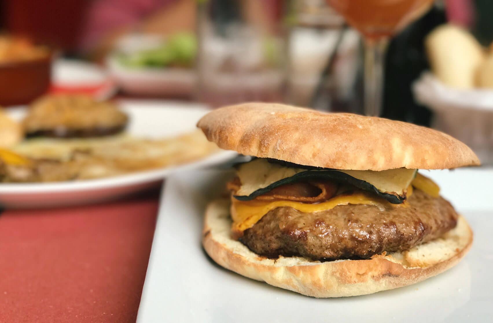 BurgerModena_Mattatoio_02_Pastrami_MyModenaDiary